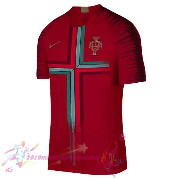 Maillot De Foot Pas Cher Nike Pre Match Maillots Portugal 2018 Rouge